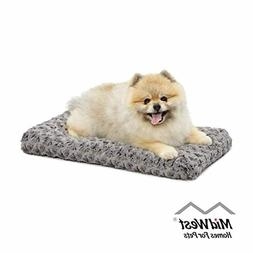 MidWest Homes for Pets Deluxe Super Plush Pet Beds, Machine