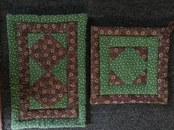 Kitchen Linens - Hot mat and pot holder, Brown Bandana & Gre