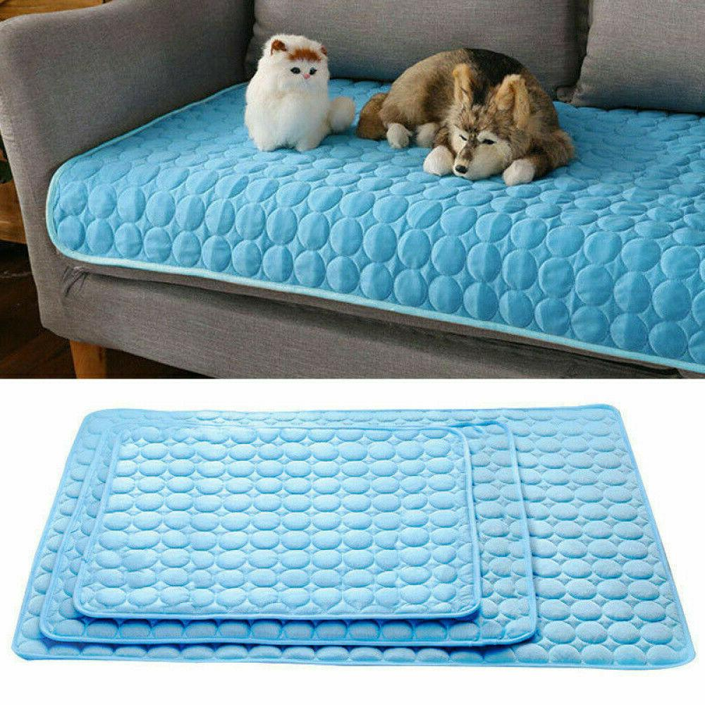 Comfortable Pet Cooling Mat Cold Gel Pad Cushion for Dog Cat